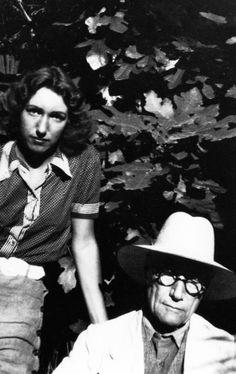 André Gide et sa fille Catherine Lambert en 1940 Lard, Che Guevara, Portraits, Photography, Image, Authors, Sign Writer, Spiritual, Head Shots