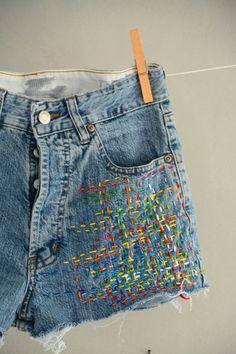 Levis Vintage, Vintage Levi Shorts, Levis Jeans, Shorts Bordado, High Waisted Mom Jeans, Waisted Denim, Boyfriend Jeans, Hipster Jeans, Diy Clothes Refashion