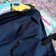 Ausbeute des Morgens Teil 1: Die Jede-Menge-Bücher-und-Krimskrams-Transport-Tasche #shopping #buchmesse