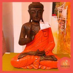 Buda Gautama Sidarta Gautama, más conocido como Buda Gautama, Sakiamuni, o simplemente el Buda, fue un sabio en cuyas enseñanzas se fundó el Budismo. Nació en la ya desaparecida república Sakía en las estribaciones del Himalaya.