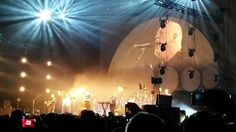 David Gilmour with Bombay Bicycle Club https://youtu.be/UE6p2FAE8v0