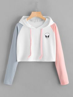Eva Like Alien Print Contrast Sleeve Graphic Hoodie Women Patchwork Long Sleeve Crop Top Active Pullovers Casual Sweatshirt Crop Top Hoodie, Cropped Hoodie, Sweater Hoodie, Hoodie Outfit, Black Hoodie, Girls Fashion Clothes, Teen Fashion Outfits, Woman Clothing, Fashion Black