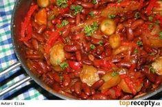 fazole ala katův šleh Fruits And Vegetables, Veggies, Cauliflower Vegetable, Vegetarian Recipes, Cooking Recipes, Goulash, Kung Pao Chicken, Ratatouille, Food To Make
