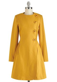 Best and Brightest Coat, - This is lovely. I've been looking for a mustard yellow coat Winter Coats Women, Coats For Women, Clothes For Women, Vintage Coat, Mode Vintage, Retro Vintage, Mode Mantel, Yellow Coat, Cute Coats