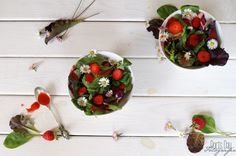 DORI'S DAY: Salat mit Erdbeerdressing und Gänseblümchen