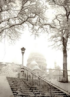France - Paris, Montmartre, snow