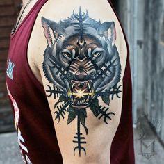 #neotraditional #wolf #nordic #tattoo #helmofawe #norse #asatru #heathen #aegiz