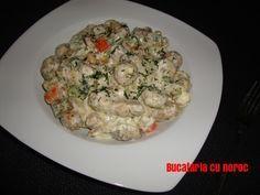Pui cu ciuperci si mascarpone - Bucataria cu noroc Risotto, Potato Salad, Potatoes, Ethnic Recipes, Anna, Food, Simple, Mascarpone, Meal