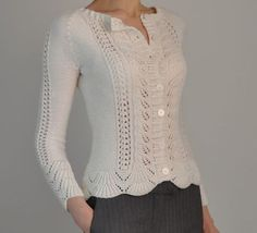 Knitting pattern for Rambling Rose Cardigan This is barces one-color version of Laura Zukaites lace long-sleeved cardigan, originally designed for two colors. Sweater Knitting Patterns, Cardigan Pattern, Knitting Designs, Knit Patterns, Free Knitting Patterns For Women, Pull Crochet, Knit Crochet, Free Crochet, Vintage Knitting