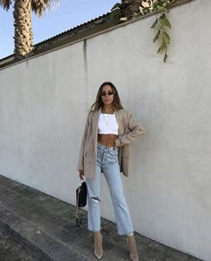 Nice outfit idea to copy ♥ For more inspiration join our group Amazing Things ♥ You might also like these related products: - Jeans ->. Fashion Killa, Look Fashion, Autumn Fashion, Fashion Trends, Womens Fashion, Fashion Ideas, Fashion Black, Cheap Fashion, French Fashion