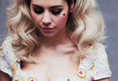 Art Marina Diamandis (Marina and the Diamonds) my-style Marina And The Diamonds, Lambrini, Electra Heart, All I Ever Wanted, Save The Queen, Celebs, Celebrities, Classy And Fabulous, Girl Crushes