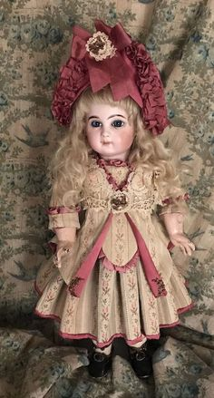 GORGEOUS EJ E7J Jumeau Blue Eyed Antique Doll 16""