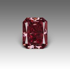 An amazing carat natural red diamond! Diamond Gemstone, Gemstone Jewelry, Diamond Color Scale, Minerals And Gemstones, Rocks And Gems, Diamond Are A Girls Best Friend, Natural Red, Stones And Crystals, Colored Diamonds