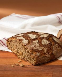 Täällä Fazer leipoo - Fazer Banana Bread, Fresh, Desserts, Food, Tailgate Desserts, Deserts, Essen, Postres, Meals