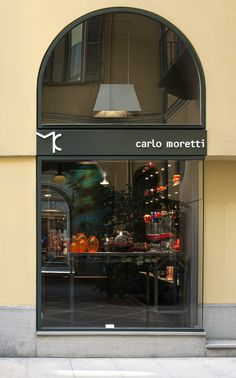 carlo moretti opens the doors to its first milan showroom