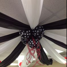 Graduation Decoration: Black and White with a touch of dark red. Total hit at the party!