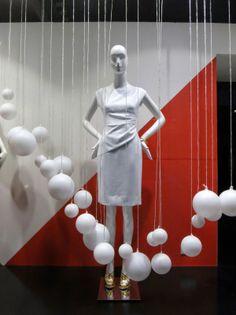 Diane Von Furstenberg, London Jaime, Escaparate moderno y sin complicaciones