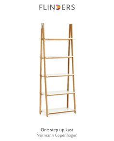 Ontdek dit product dat ik heb gevonden in de Flinders app:  One step up kast http://www.flinders.nl/one-step-up-bookcase