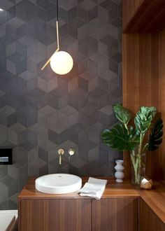 Browse modern bathroom ideas images to bathroom remodel, bathroom tile ideas, bathroom vanity, bathroom inspiration for your bathrooms ideas and bathroom design Read Decor, Modern Small Bathrooms, Modern House Design, Modern Bathroom Design, Decor Interior Design, Bathroom Interior Design Modern, Small Bathroom Tiles, Home Decor, Modern Interior