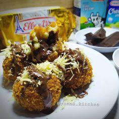 Resep camilan dari pisang istimewa Brownie Toppings, Cake Toppings, Dessert Drinks, Dessert Recipes, Desserts, Food N, Food And Drink, Chocolate Chiffon Cake, Jamun Recipe