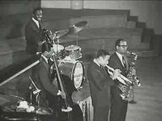 Art Blakey & the Jazz Messengers - Moanin' (Live)
