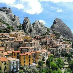 Castelmuzzo, Italy www.sognoitaliano.it