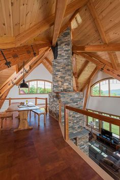 Vermont Timber Home Loft: cozy, crafty, and beautiful! When can we move in? #interiordesign #vermont