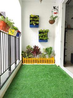 Small Balcony Design, Small Balcony Garden, Small Balcony Decor, Terrace Garden, Balcony Grill Design, Garden Wall Designs, Home Garden Design, Home And Garden, Apartment Balcony Garden