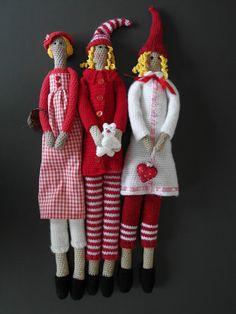 Brilliant crochet patten for tilda dolls - love it.