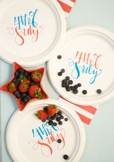 4th of July : DIY custom decorated picnic plates