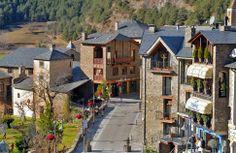 """HOTEL ORDINO 22 hab. exteriores con terraza vistas a la """"Vall d'Ordino"""" Ordino, a 3m. del Telecabina de la Massana Pal-Arinsal, y a 15m. Ordino-Arcalís Vallnord) T.+376747474 - info@hotelordino.ad - Hotel 4* en Ordino con magnifico Restaurant."""