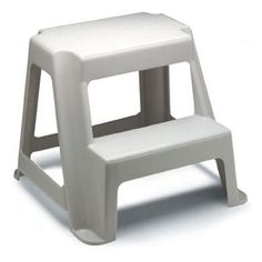 Rubbermaid Two-step Roughneck Step Stool