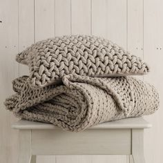 Buy Bedroom > Bedspreads & Cushions > Chunky Hand Knit Natual Cushion Cover from The White Company Knitted Cushion Covers, Knitted Cushions, Knitted Throws, Scatter Cushions, Decorative Cushions, Bed Throws, Throw Pillows, Cozy Blankets, Knit Pillow