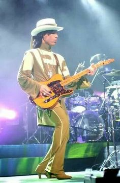 Prince in Detroit Hit and Run tour! I was there!!!