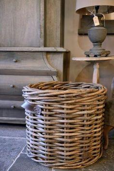 basket | empty