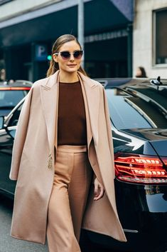 Olivia Palermo between the fashion shows. The post Milan FW 2019 Street Style: Olivia Palermo appeared first on STYLE DU MONDE Street Look, Street Chic, Street Style Outfits, Nyfw Street Style, Autumn Street Style, Street Styles, Denim Fashion, Fashion Photo, Street Fashion