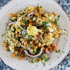 Warm quinoa salad with roasted cauliflower and a spicy citrus dressing | Food24