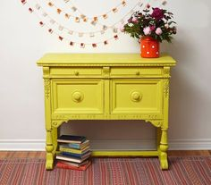 English Yellow is a bright traditional yellow in the Chalk Paint® palette. Annie Sloan first developed her signature range of furniture paint in calling it 'Chalk Paint' because of this decorative paint's velvety, matte finish. Chalk Paint Colors Furniture, Yellow Chalk Paint, Annie Sloan Painted Furniture, Painted Sideboard, Colorful Furniture, Painting Furniture, Annie Sloan Paint Colors, Annie Sloan Paints, Repurposed Furniture