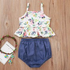 Baby Girl Shirts, Baby Gap Girl, Daddys Girl, Shirts For Girls, Kids Outfits, Summer Outfits, Cute Outfits, Summer Clothes, Stylish Kids