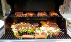 """""""Meat GRILLING CHARTS """"! 4.56 stars, 26 reviews. """"BBQing is so much fun anytime of the year!! :beer :positive"""" @allthecooks #recipe #grilling #meat #chart #grill #easy"""