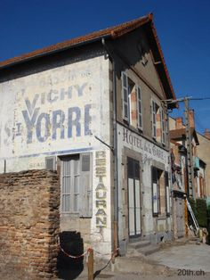 Bassin de Vichy St Yorre ghost sign in France