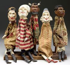 GROUP OF FIVE 19TH CENTURY PUNCH & JUDY PUPPETS.