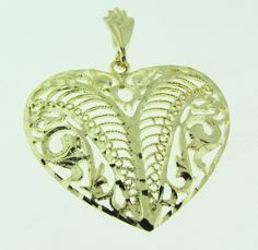 Vintage 14 K gold filigree heart pendant. by VintageJewelryBazaar on Etsy