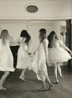 """Maidens of May"": Photographed by Nicholas Lawn"