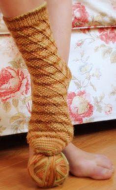 Cornucopia Socks (Free Sock Knitting Pattern)