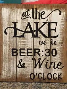 . Pallet Projects, Diy Projects, Wood Yard Art, Make And Sell, How To Make, Wine O Clock, Man Stuff, Pallets, Pallet