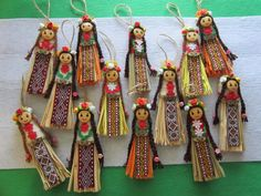 Christmas Crafts For Kids, Easter Crafts, Baba Marta, Felt Brooch, Fabric Dolls, Hobbies And Crafts, Drop Earrings, Toys, Handmade