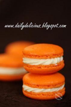 Orange Macaron with Cream cheese filling #PinPantone