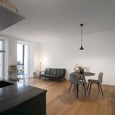 dreamy-apartment-renovation-in-downtown-lisbon-1a