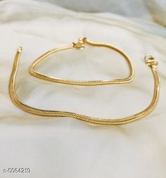 Checkout this latest Anklets & Toe Rings Product Name: *Women's Brass Gold Plated Anklets & Toe Rings* Sizes:Free Size Country of Origin: India Easy Returns Available In Case Of Any Issue   Catalog Rating: ★3.9 (2708)  Catalog Name: Women's Brass Gold Plated Anklets & Toe Rings CatalogID_745386 C77-SC1098 Code: 141-5064219-042